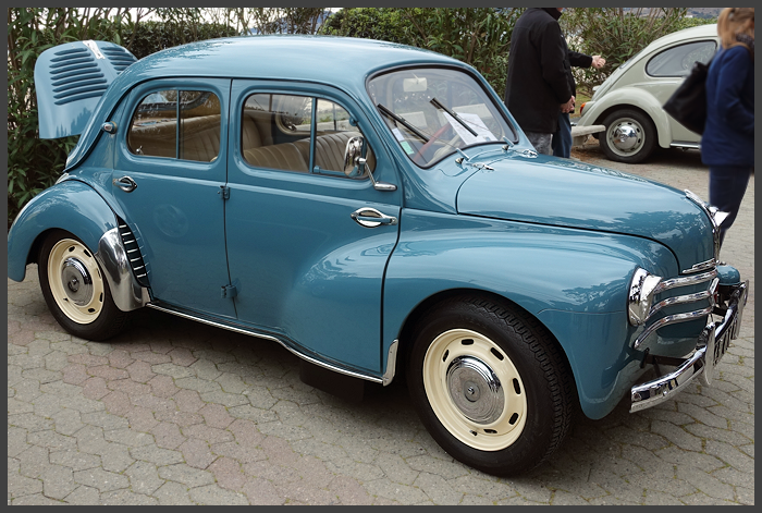 This French Reanult 4CV from the late 50's was probably the most popular car on the stand.