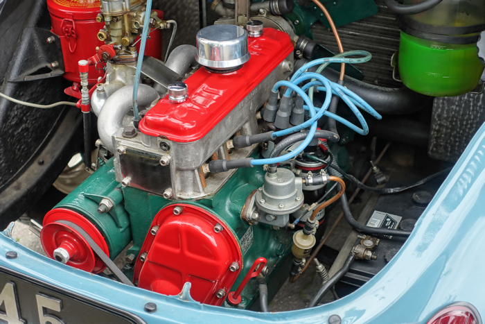 A very clean engine. I didn't like the red paint on the covers and the pulley.